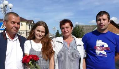 Daughter Lost in Train 20 Years Ago, Finally Found Her Parents