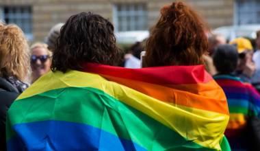 Presidenti Putin thotë se propaganda homoseksuale duhet të monitorohet publikisht
