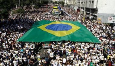Jair Bolsonaro Addresses MILLIONS at March for Jesus in Brazil