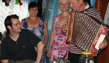 Ein deutsches Dorf mitten in der russischen Wildnis