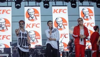 KFC Bane Tópicos Homossexuais das Competições Internacionais de Esporte & Música