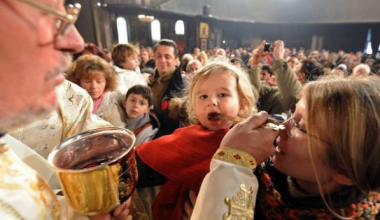 No Danger of Disease from Holy Communion, Scientific Studies Say
