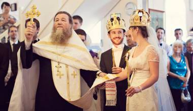 King & Queen - A Christian Marriage is a Patriarchal Community