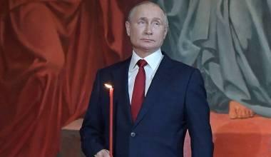 Putin Asistió al Oficio de Pascha en la Catedral Cristo el Salvador