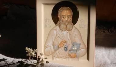 Nuk ekziston diçka e tillë si një sëmundje e pashërueshme për Shën Llukain e Simferopolit. Histori shërimesh të mrekullueshme nga Vaji i Shenjtë