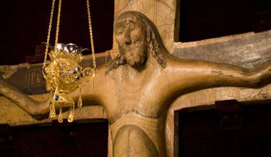 The Miraculous Crucifix that Survived the Fall of Byzantium and the Bolshevik Regime (Cross of Godenovo)
