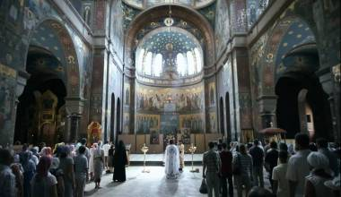 Russians Stand During All Church Services for 2-6 Hrs. Here's Why