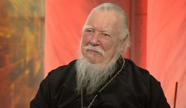 Contraception Destroys the Individual, Family and Nation - Popular Russian Priest (Smirnov)