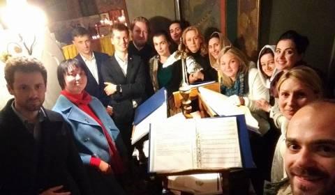 Международный хор для Пасхи - пой вместе с ними онлайн!