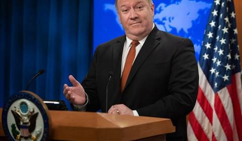 U.S. Secretary of State Sides with Religious Fringe Group, Backs Ukrainian Autocephaly