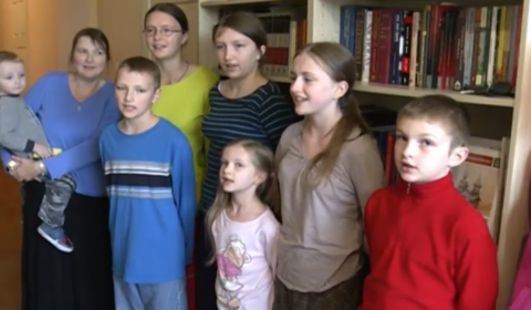 TV NEWS: American Family Moves to Rostov, Russia