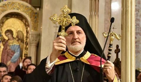 Episkopi orthodhoks grek lutet dhe i jep bekimin grupit kombëtar që mbështet sodominë dhe infanticidin