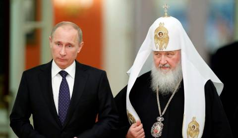 Putin Vows to Defend Russian Christians from Attack in Ukraine