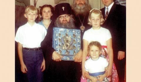 Historia frymëzuese e jetës dhe mrekullitë e një prej shenjtorëve më të mëdhenj bashkëkohorë rusë – Shën Joani i San Franciskos