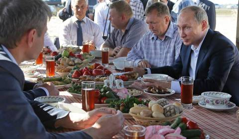 The Putin Diet: Kremlin Unveils the Head of State's Culinary Preferences