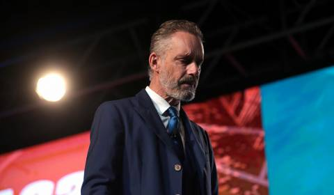 'Unconscious for Nine Days': Jordan Peterson Opens Up About His Drug Detox Treatment in Russia