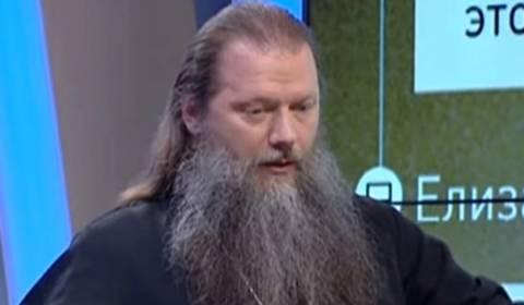 WATCH: Beloved Russian Priest Brilliantly Mocks Darwin's 'Monkey Theory' (Vladimirov)