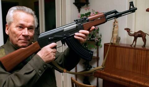 El inventor del rifle de asalto Ak-47 era un cristiano devoto